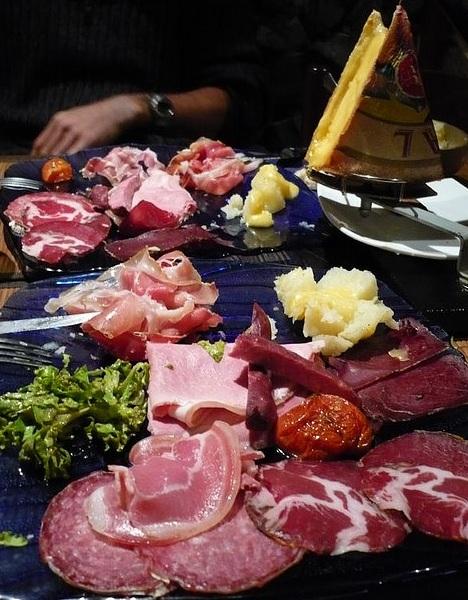 Des idées sympas pour une raclette originale dans Cuisine Raclette-traditionnelle